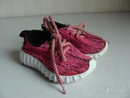 Продаю кроссовочки для девочки текстильные,розовые,размер 22,внутри по стельке 1. Черкассы, Черкасская область. фото 1