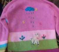 Продаю теплую кофточку на девочку приблизительно 3-4 года . Кофта в очень хороше. Киев, Киевская область. фото 3