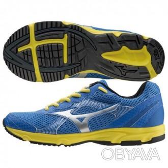 Фирменные очень легкие кроссовки для бега, активного отдыха и повседневной носки. Никополь, Днепропетровская область. фото 1