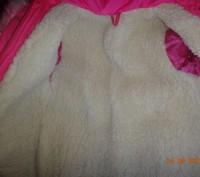 На девочку 3-5 лет.Курточка теплая.В хорошем состоянии.Требуется замена змейки.Т. Ні́кополь, Дніпропетровська область. фото 4