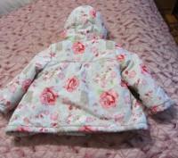 Продам новую яркую теплую куртку -пальто на девочку  наполнитель сентапон .подк. Запорожье, Запорожская область. фото 3