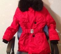 Теплая зимняя куртка красного цвета, с воротником который отстегивается.. Запорожье, Запорожская область. фото 2