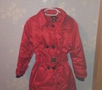 Теплая зимняя куртка красного цвета, с воротником который отстегивается.. Запорожье, Запорожская область. фото 5