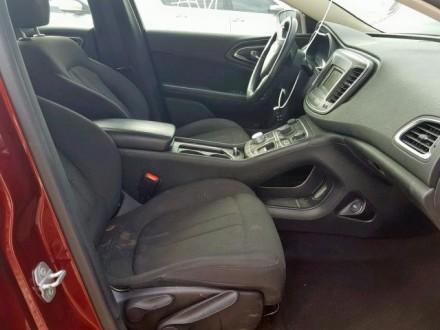 Chrysler 200 Limited 2.4L АТ 2015 красный седан из США Год выпуска: 2015 Пробе. Киев, Киевская область. фото 6