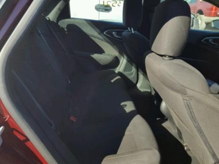 Chrysler 200 Limited 2.4L АТ 2015 красный седан из США Год выпуска: 2015 Пробе. Киев, Киевская область. фото 7