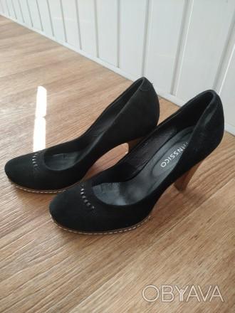 Замшевые туфли. Состояние новых