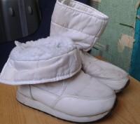 Продам белые детские сапожки на меху. Размер 30. По стельке - 19 см.. Днепр, Днепропетровская область. фото 9