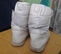 Продам белые детские сапожки на меху. Размер 30. По стельке - 19 см.. Днепр, Днепропетровская область. фото 3