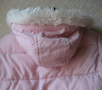 Нежно розовая курточка в отличном состоянии. Дырок, потертостей, пятен - нет. На. Кривой Рог, Днепропетровская область. фото 5