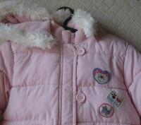 Нежно розовая курточка в отличном состоянии. Дырок, потертостей, пятен - нет. На. Кривой Рог, Днепропетровская область. фото 3
