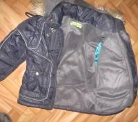 Качественная, теплая курточка. На флиске. В идеальном состоянии. На холодную осе. Черкассы, Черкасская область. фото 3