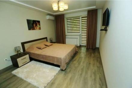 Квартира состоит из кухни - студио с французским балконом и двух отдельных спале. Центр, Миколаїв, Николаевская область. фото 8