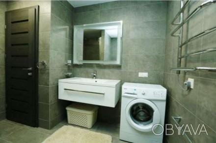 Квартира состоит из кухни - студио с французским балконом и двух отдельных спале. Центр, Миколаїв, Николаевская область. фото 1