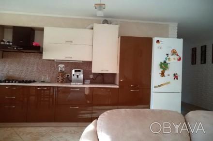 Площадь: 107/49/30  кв.м.;  Количество комнат: 3 ; Этажность: 4/4;  Документы. Ирпень, Киевская область. фото 1