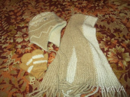 зимняя шапка на девочку 5-7 лет в хорошем состоянии,с подкладкой,шарф длина110см. Сумы, Сумская область. фото 1