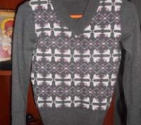 Продам джемперочек на девочку подростка, размер 42-44 в очень хорошем состоянии. Кам'янське, Дніпропетровська область. фото 2