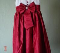 Продам очень нарядное платье для девочки 6 лет.   Состав 65% polyester, 35% cot. Черкассы, Черкасская область. фото 2