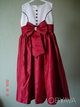 Продам очень нарядное платье для девочки 6 лет.   Состав 65% polyester, 35% cot. Черкассы, Черкасская область. фото 1