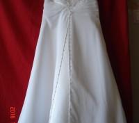 Продам  нарядное платье для девочки на 4 года от David´s Bridal.   Оригинал из . Черкассы, Черкасская область. фото 2