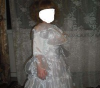 Красивое платье на праздник. В идеальном состоянии на рост 110 см. Замеры по про. Каменское, Днепропетровская область. фото 3