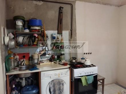 Квартира на земле, двухуровневая. Расположена на ул. Бреуса. 1 уровень - кухня (. Малиновский, Одесса, Одесская область. фото 9