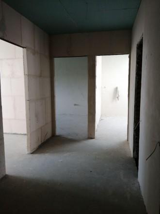 Квартира класичного планування з просторими кімнатами, балконом, у коридорі дост. Ирпень, Киевская область. фото 3