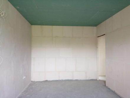 Квартира класичного планування з просторими кімнатами, балконом, у коридорі дост. Ирпень, Киевская область. фото 4