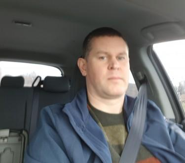 Здравствуйте. Меня зовут Владимир. Хозяйственный, серьезный, добрый, руки на ме. Киев, Киевская область. фото 2