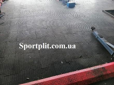 Резиновая плитка для гаража Наша компания производит резиновую плитку для гараж. Бровары, Киевская область. фото 2