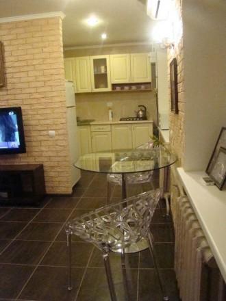 Сдается в аренду 2 комнатная квартира-студия. В квартире выполнен современный ре. Киев, Киевская область. фото 2
