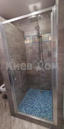 Одна из самых уютных и стильных дизайнерских квартир из экологически чистых мате. Печерск, Киев, Киевская область. фото 12