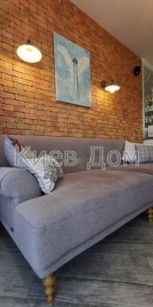 Одна из самых уютных и стильных дизайнерских квартир из экологически чистых мате. Печерск, Киев, Киевская область. фото 14
