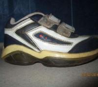 Продам недорого детские кроссовочки синего цвета, кожаные. подойдут как на девоч. Каменское, Днепропетровская область. фото 3