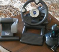 Продам руль игровой в комплекте из 4-х предметов с джойстиком.Преобретен в Герма. Каменское, Днепропетровская область. фото 2