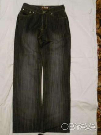 Продам джинсы подростковые в хорошем состоянии. Бережное ношение. Талия 74 см, д. Мелитополь, Запорожская область. фото 1