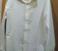 продам рубашку на подростка в отличном состоянии, очень красивая и нарядная . За. Каменское, Днепропетровская область. фото 2