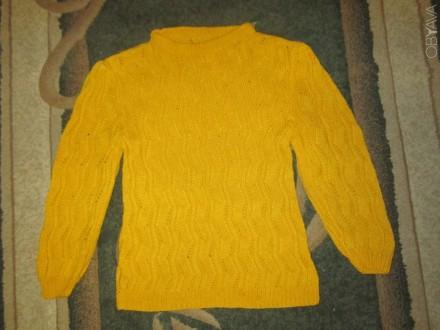 Вязаный свитерок без пятен светло-рыжего цвета в хорошем состоянии. Конотоп, Сумская область. фото 1