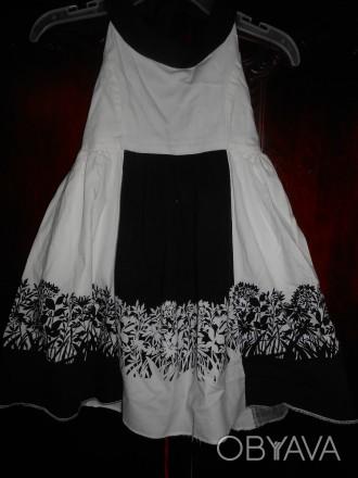 1) бело-черный сарафан на 8 лет,на подкладке,в боковом шве молния, в отличном с. Киев, Киевская область. фото 1