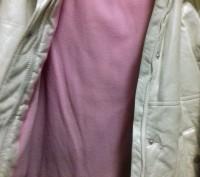 Очень стильное ,утеплен ноет флисом,непродуваемое и непромокаемое пальто.Глубоки. Київ, Київська область. фото 4