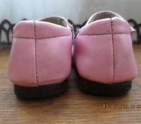 Босоножки с закрытым носком лакированные, размер 18, по стельке 15 см.На правом . Днепр, Днепропетровская область. фото 5