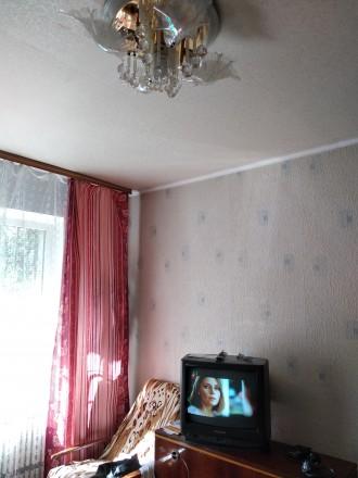 Хорошая уютная квартира, с мебелью и техникой ,для проживания как одиноким ,так . Донецк, Донецкая область. фото 3