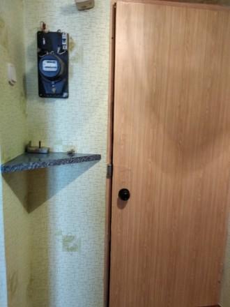 Хорошая уютная квартира, с мебелью и техникой ,для проживания как одиноким ,так . Донецк, Донецкая область. фото 2