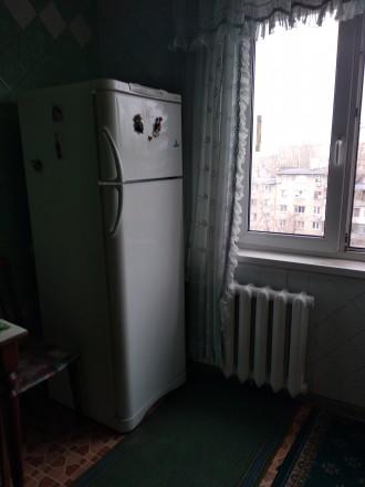 Хорошая уютная квартира, с мебелью и техникой ,для проживания как одиноким ,так . Донецк, Донецкая область. фото 4