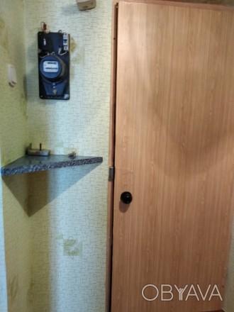 Хорошая уютная квартира, с мебелью и техникой ,для проживания как одиноким ,так . Донецк, Донецкая область. фото 1
