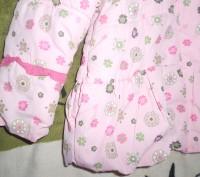 Демисезонная болоньевая куртка для девочки. Состояние отличное, дефектов нет. Дл. Никополь, Днепропетровская область. фото 4