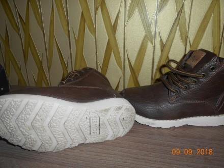 Демисезонные ботиночки фирмы SOVIET, размер С10, наш 28, стелька 17 см  Состоян. Миргород, Полтавская область. фото 3