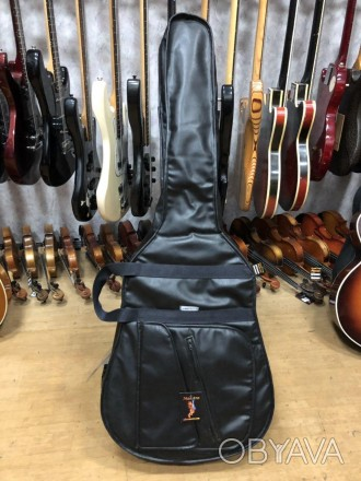 Длина 110 см Ширина по деке 45 см Чехол для акустической гитары, внешний вид . Чернигов, Черниговская область. фото 1