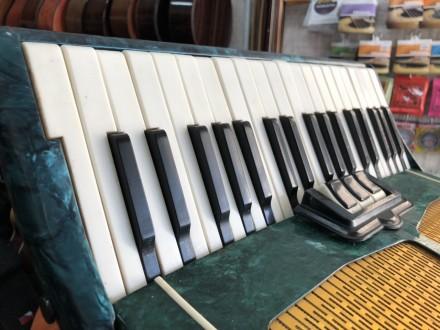 Производитель: СССР  Размер: 7\8 Правая клавиатура (голоса): 37 клавиш  Левая кл. Чернигов, Черниговская область. фото 7