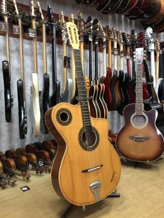 Производитель: Болгария Тип инструмента: Классическая Гитара Тип струн: Новы. Чернигов, Черниговская область. фото 5