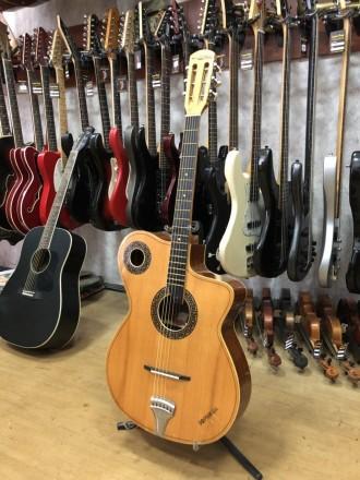 Производитель: Болгария Тип инструмента: Классическая Гитара Тип струн: Новы. Чернигов, Черниговская область. фото 4
